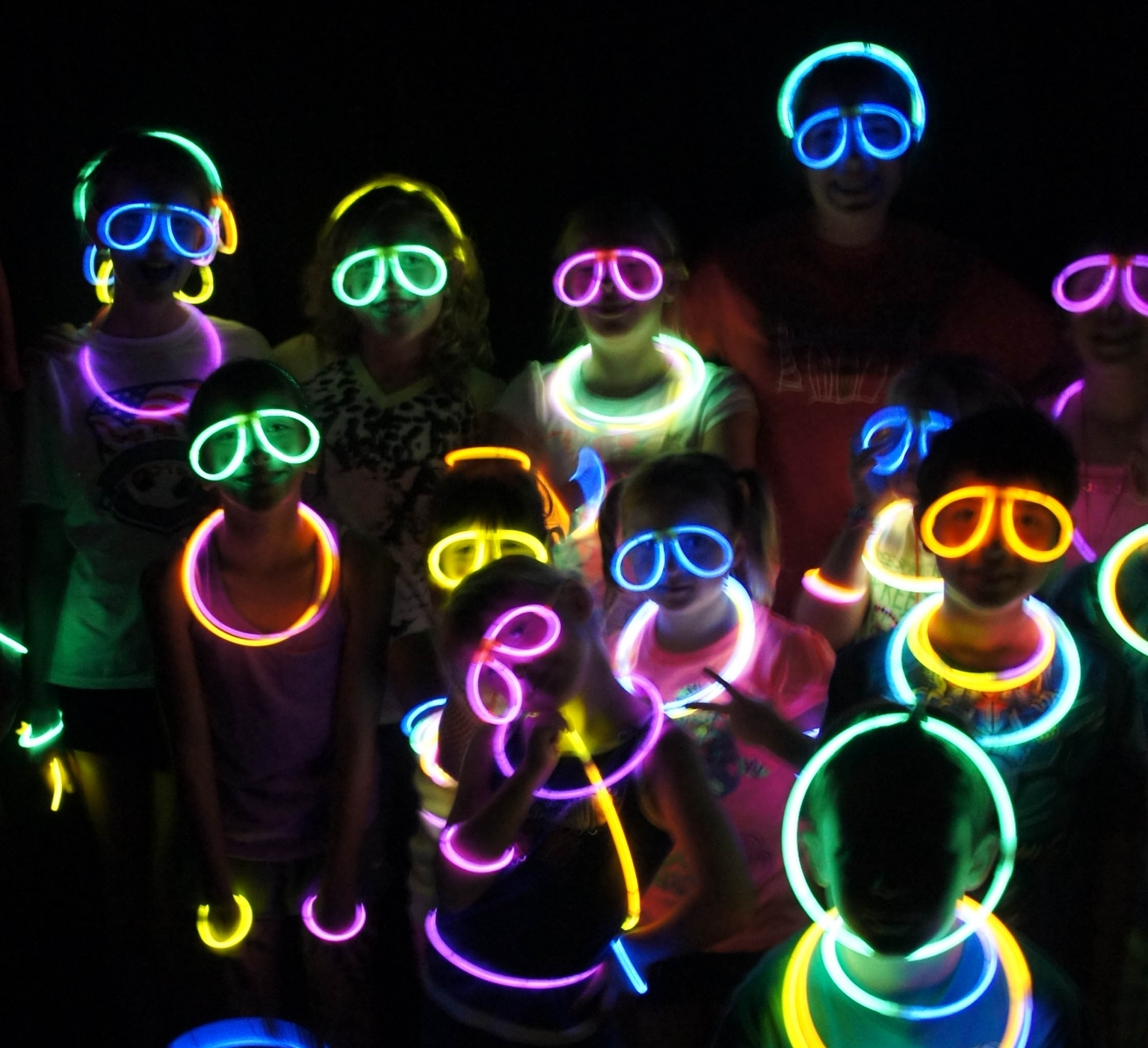 Bright Neon Colors Music And Dancing Are All Part Of The Latest Trend In Teen Birthday Parties